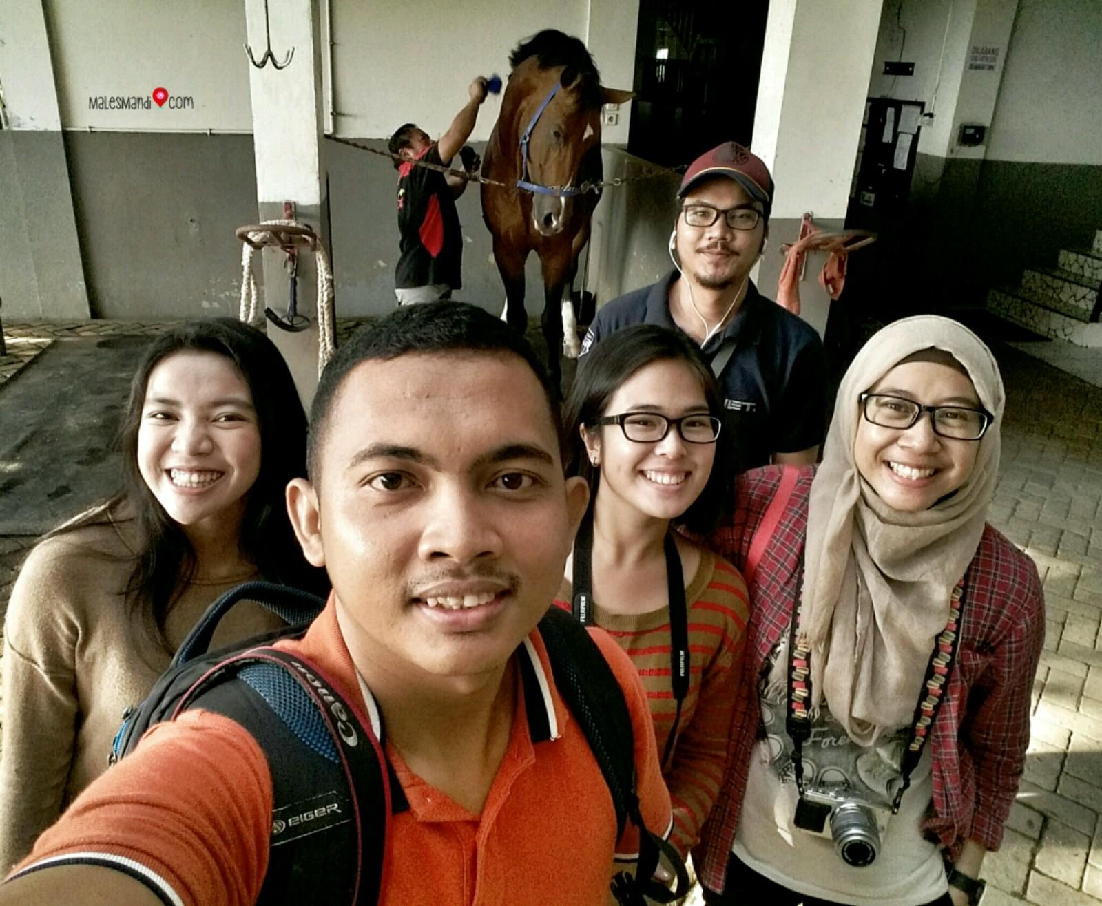 Jelajah Tangerang Apm Equestrian Centre Males Mandi