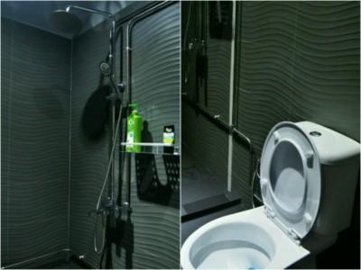 met-a-space-pod-bathroom