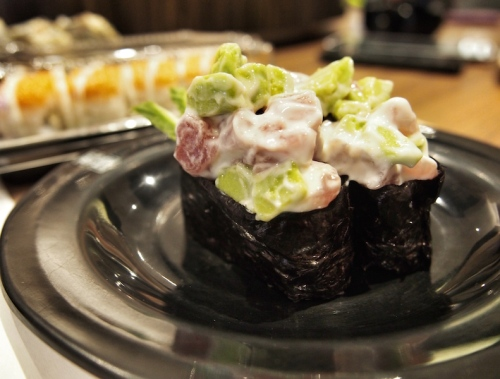 tuna-avocado-food-culture