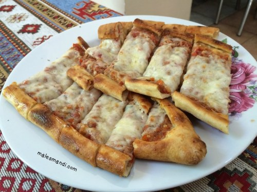 meat-cheese-pizza