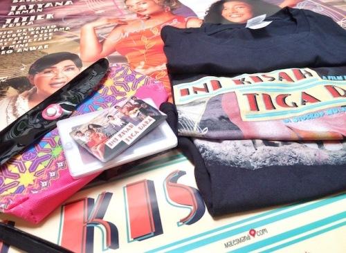 giveaway-merchandise-iktd