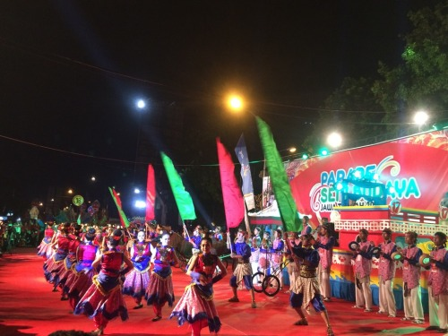 parade-seni-budaya