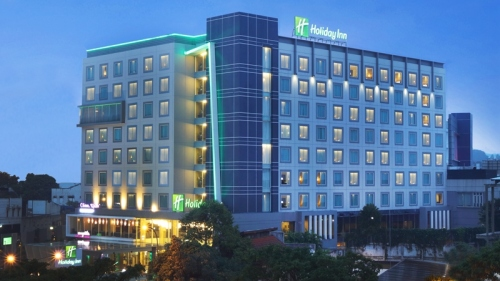 holiday-inn-pasteur