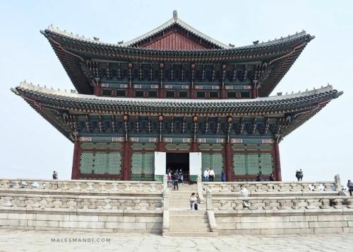 istana-gyeongbok