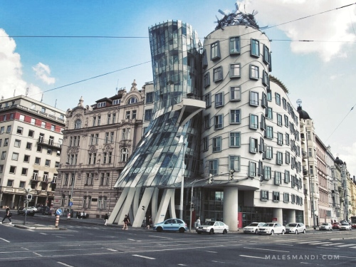 dancing-building-prague