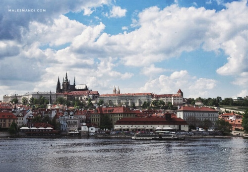 river-side-prague