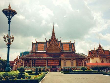 phnom-penh-royal-palace