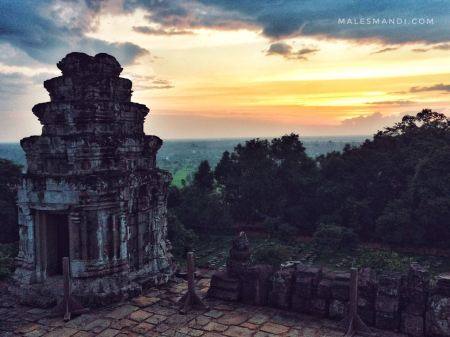 sunset-phnom-bakheng