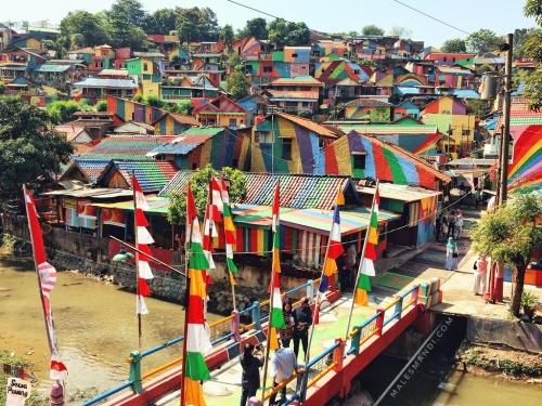 kampung-warna-warni