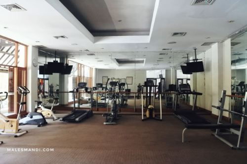 fitness-room-santika