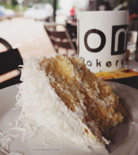 coconut-cake-joma-cafe