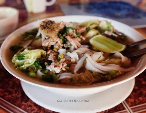 lao-noodle-soup