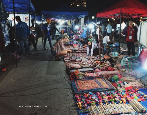 night-market-luang-prabang