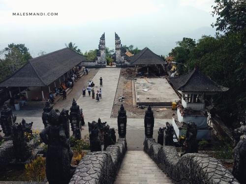 behind-the-scene-pura-lempuyang