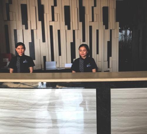 lobby-hotel-karlita